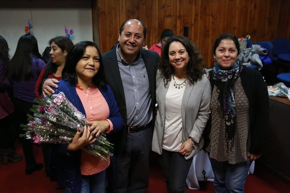 Alcalde Marcos Hernández y UFEMUCH celebraron el día de la madre a ...