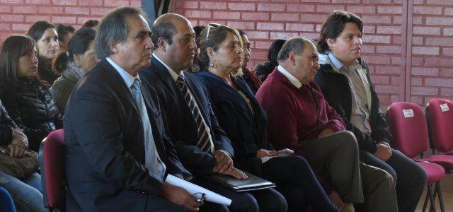 Hasta el liceo Gregorio Urrutia llegaron las autoridades encabezadas por el Edil comunal Marcos Hernández, los Concejales, Hans González, Alicia Morales, Sara Huenchupil, el director […]